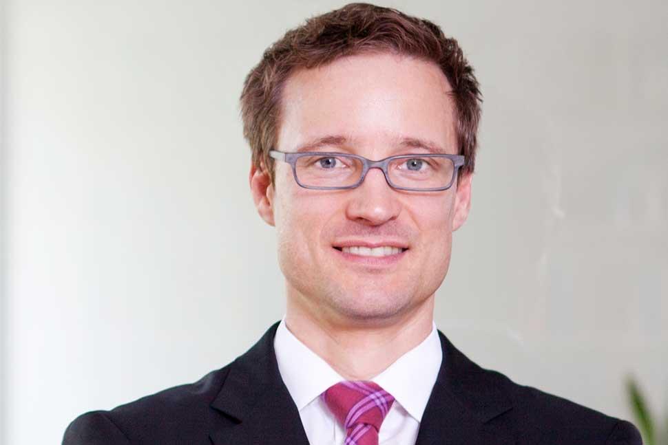 Dr. Carsten Brennecke