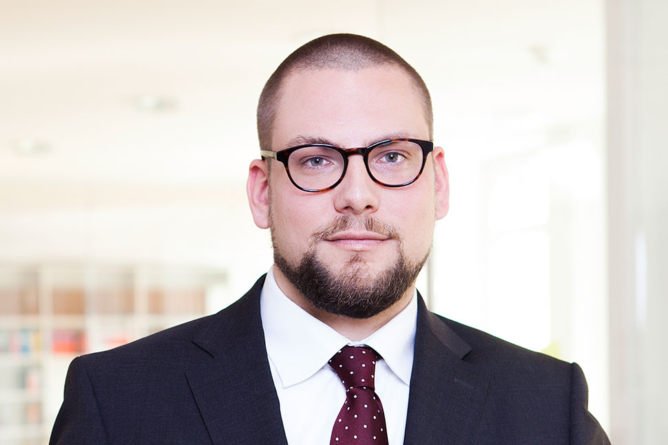 Dr. Christian Conrad